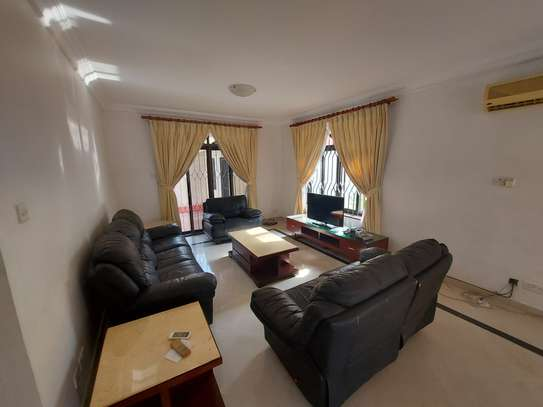 4BEDROOMS LUXUARY VILLAH FOR RENT image 2