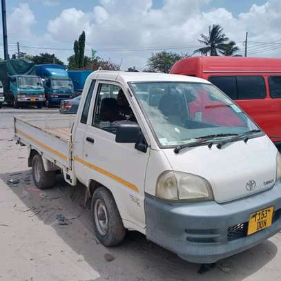 2005 Toyota Town Ace image 4