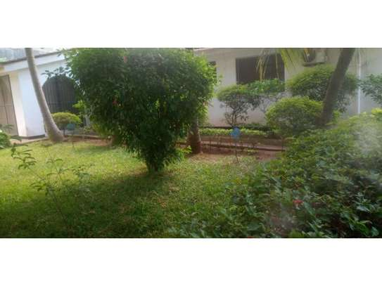 4 bed room stand alone house with gest wing for rent at masaki image 4