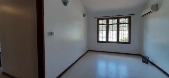 3 Bedrooms House With A Pool In Masaki For Rent image 10