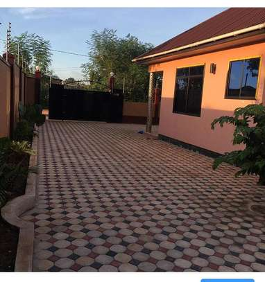 Beautiful 3 BEDROOMS MAISONETTES APARTMENTS FOR RENT IN MOROGORO image 3