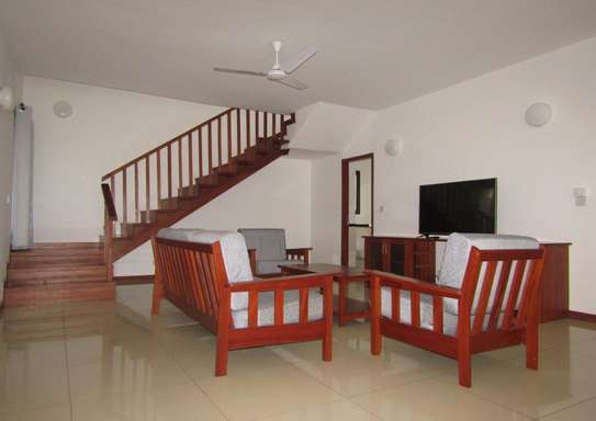 4 Bedroom Furnished Town House in Masaki image 2