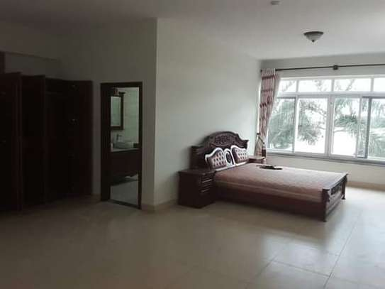 4 Bdrm Luxury Full Furnished Ocean View TownHouse in Masaki image 6
