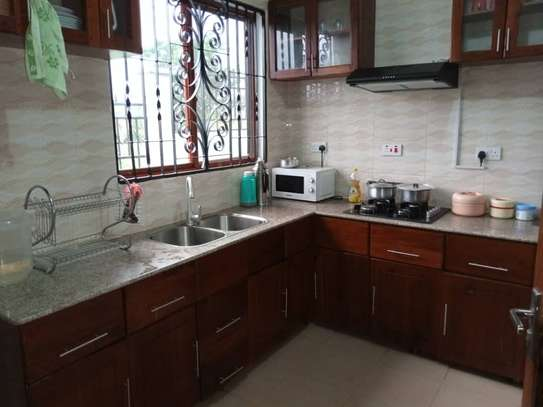 3 Bedrooms House for Sale, Kimara image 4