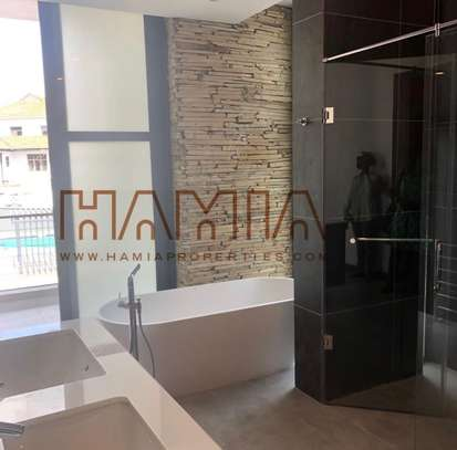 4 Bedroom Villa for rent in Oysterbay image 2