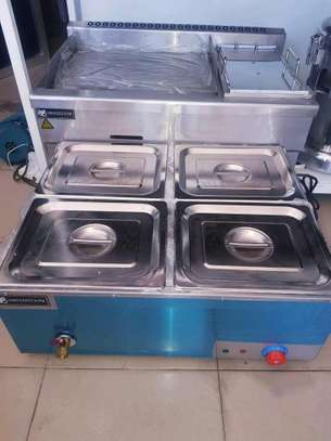4 Pan Electric Commercial Food  Warmer Steam Table (BUFEE)... 1,050,000/=.