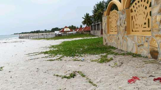RENT OUR ULTRA LUXURIOUS KIGAMBONI BEACH MANSION image 1