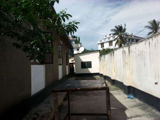 3bed house at msasani tsh 800,000 walking distance to the beach image 4