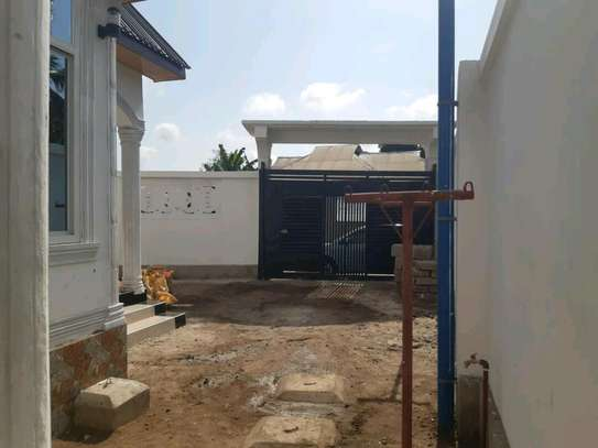 EXCELLENT KIGAMBONI HOUSE FOR 1ST TIME HOMEBUYERS AND INVESTORS image 6
