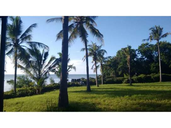 beach house 3bed at ras kilomon $1500pm image 3