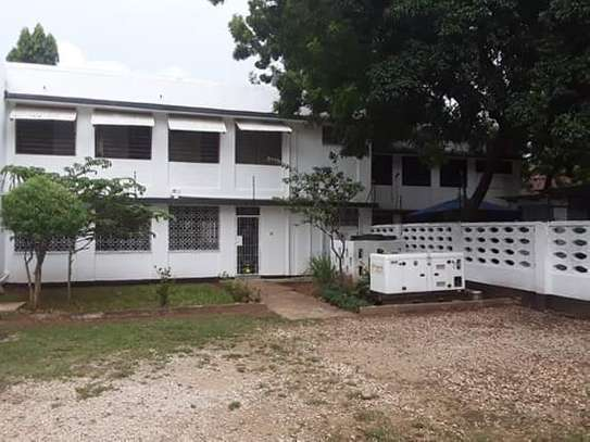 3 Bedroom Unfurnished Standalone House in Masaki image 14