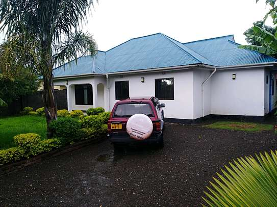 WESTERN ARUSHA 3BEDROOM HOUSE FOR RENT.
