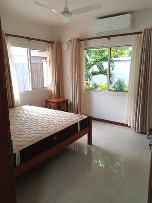 4bdrm luxury villa to let in oster bay image 12