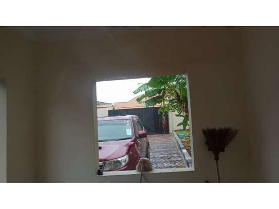 3 bed room house for sale  opposite shopez plaza mbezi image 4