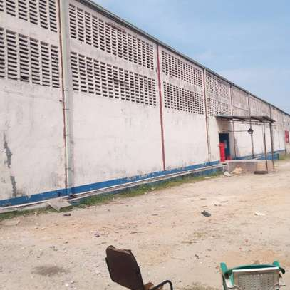 800 to 5000SQM Godowns in Mbagala for rent image 3