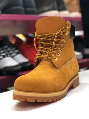 Timberland leather boot shoes. image 2