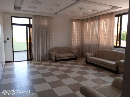 4BRDM VILLA FOR RENT IN MASAKI image 9