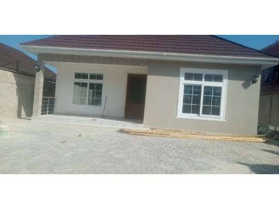 3 bed room house brand new for rent at mikocheni image 1