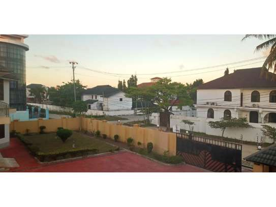 10bed all ensuet  2houses in the compound at mikocheni a near the main rd  i deal for office image 7