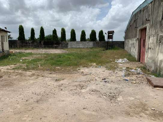 800 to 5000SQM Godowns in Mbagala for rent image 11