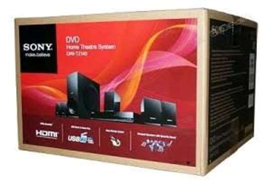 SONY HOME THEATRE SYSTEM image 1