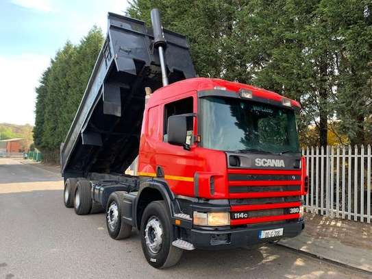 2000 Scania 114 380 8X4 TIPPER  110MILLION ON THE ROAD
