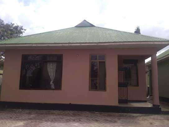 house for sale at bunju A ziko 2 kila moja inavyumba 2 tsh 100million image 4