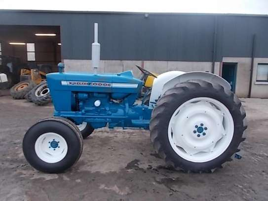 1976 Ford 4000 image 6