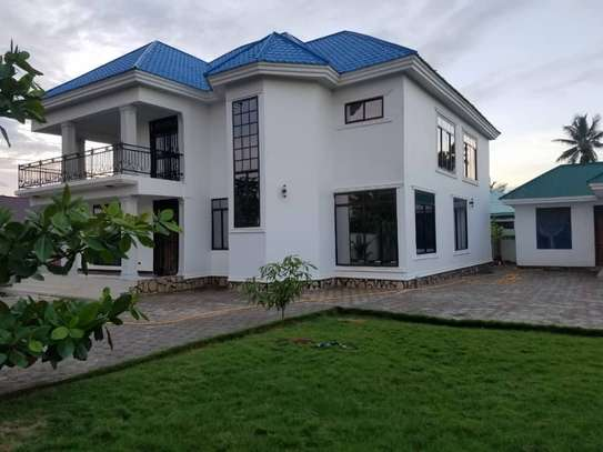 4bed house for sale at kigamboni shangwe sqm 1020 tsh 550million