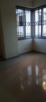 3 bedrooms Apartment for rent-kariakoo image 10
