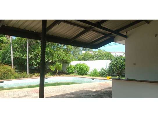 4bed house at masaki with mature garden,pool,generator $5000pm image 15