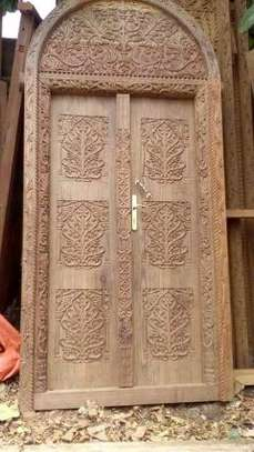 Zenjibar doors & carved furnitures market image 10