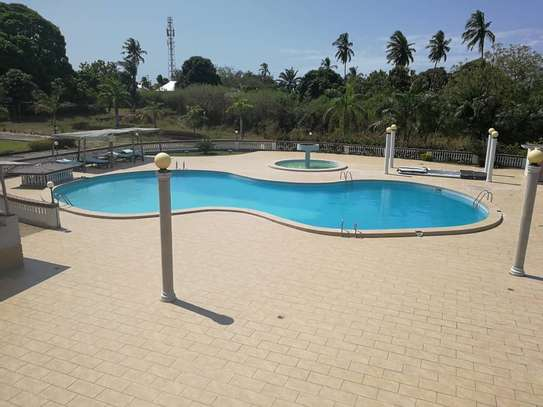 BUILD YOUR DREAM PROJECT ON OUR LARGE SIZE KIGAMBONI PLOT CLOSE TO OCEAN image 8