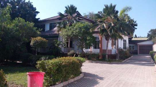 4bed house at masaki peninsular with swiming pool image 7