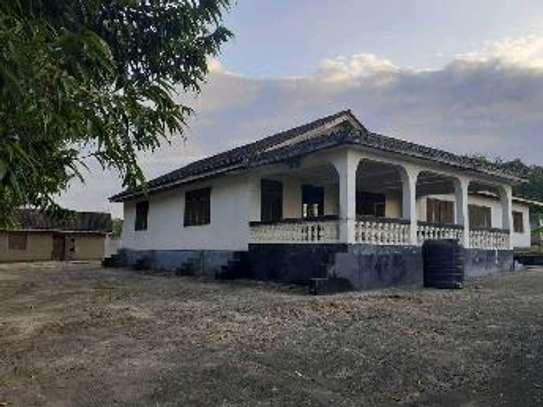 House in 3 Acres Land For Sale image 2