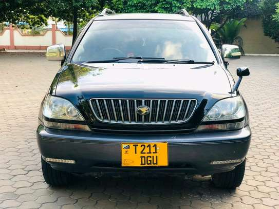 2000 Toyota Harrier image 3