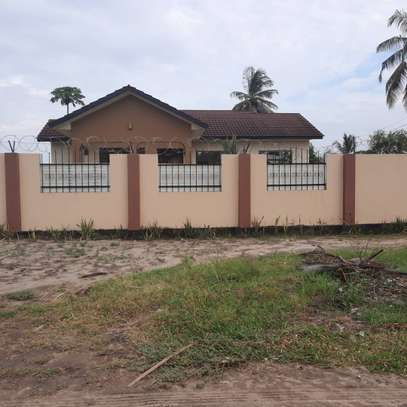 3 bed room house for rent at ununio image 5