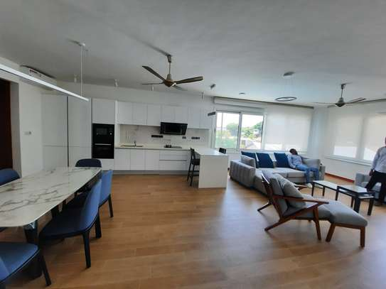 3 BEDROOMS LUXUARY APARTMENT FOR RENT image 3