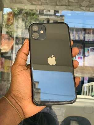 iPhone 11 64GB Duos Black for sale image 3