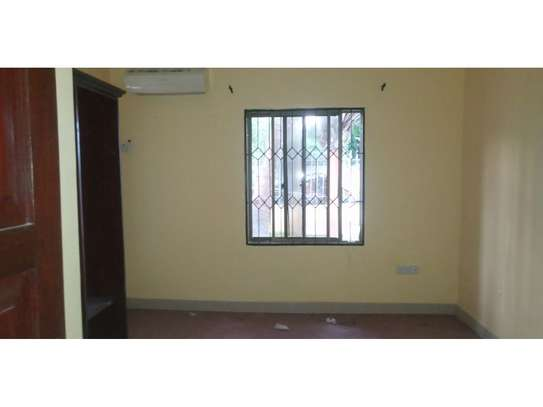 beach house 3 bed room for rent $800pmat kawe image 10