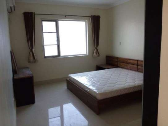 3bed  apartment at oyster bay $1300pm image 9