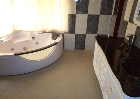 3 Bedroom Fully Furnished Villa House in Mbezi Beach image 9
