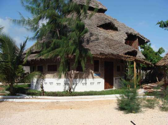 11 Rooms Bungalows in the Southeast of Zanzibar