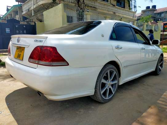 Toyota Crown Athlete Mint Condition image 3