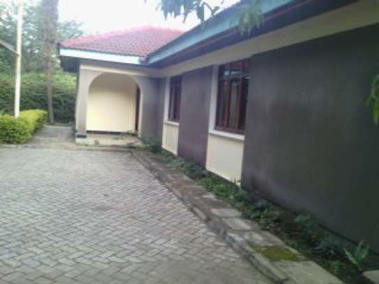 3BEDR HOUSE FOR RENT AT AGM/PPF ARUSHA image 2