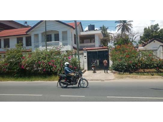 3bed house in the compound at mikocheni b along main rd image 1