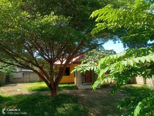 3bed house for sale at mbezi beach tshs 200mil image 2