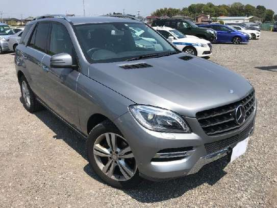 2014 Mercedes-Benz ML 350 image 4