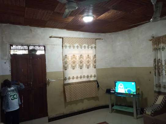4 bed room house for sale at mbagala nzasa image 9