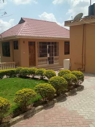 1bed house at mbezi kimara kibanda cha mkaa tsh 200,000 no kitchen please image 5